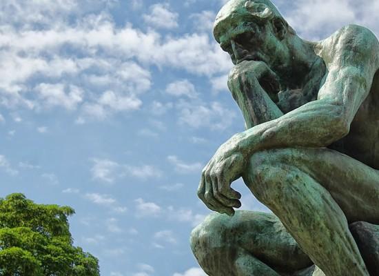 Cele mai bune 8 carti de filosofie - lecturi ce iti vor limpezi lentila prin care privesti viata