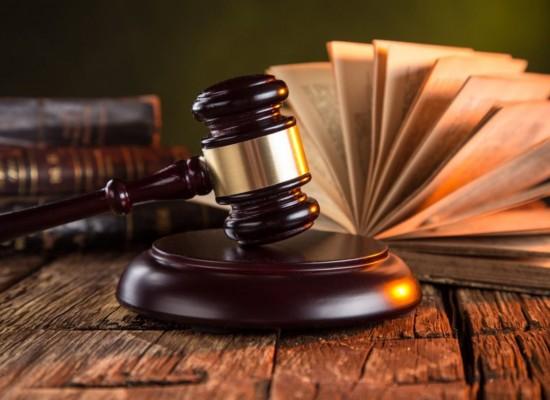 Top 10 carti pe care orice avocat trebuie sa le citeasca