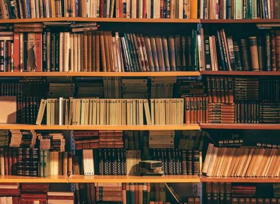 Cele mai interesante carti din secolul XXI, conform criticilor literari recunoscuti la nivel mondial
